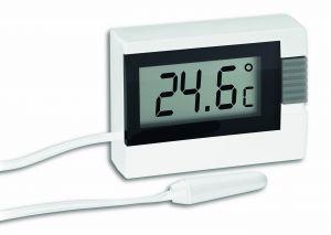 Дигитален термометър за вътрешна и външна  температура / арт.№30.2018.01